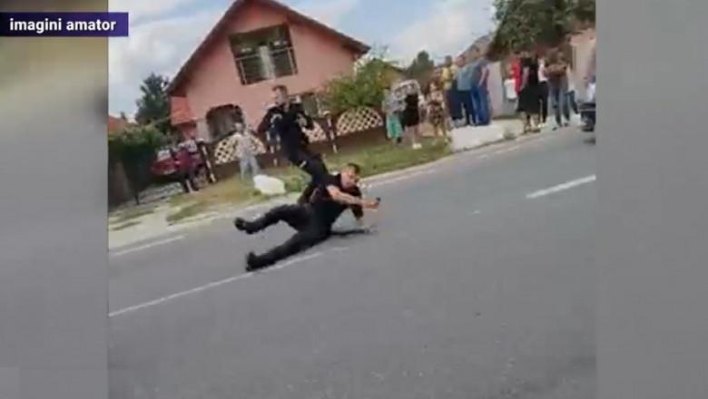 Polițiști atacați cu bâta de un bărbat din Drăguțești, Gorj